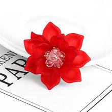 Creativo Fiore di Rosa Uva Amore Ala Spilla Spilli di Strass color Argento Simulato Della Perla Spille per i Monili Delle Donne(China)