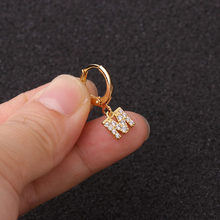 1 шт. 9 мм Диаметр кольцо для пирсинга маленькими камнями 26 Английский алфавит с заглавными буквами на крючках хрящевая спираль серьги на ушн...(China)