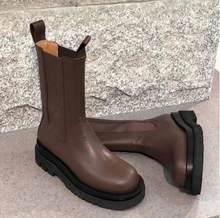 Einfache Designer Echtem Leder Chelsea Stiefel Winter Flache Plattform Schuhe Frauen Starke Untere Elastische Ankle Stiefel Weiß Schwarz(China)