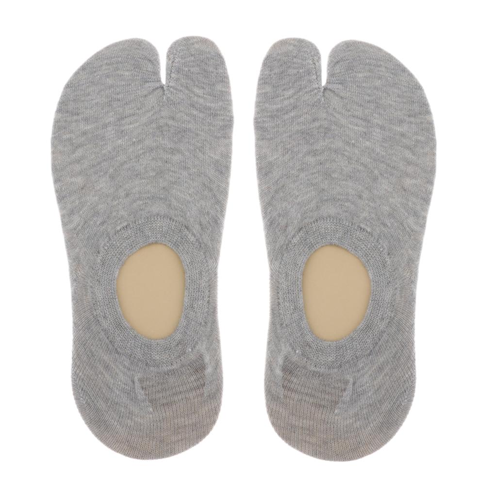 Tabi Toe Socks 2 Fingers Cotton Plain Short Length Ankle Socks Men's Women's Sports
