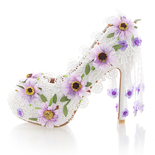 White Lace Flower High Heel Wedding Shoes Fashion Beautiful Women Party Prom Shoes Peep Toe Summer Nightclub Pumps with Tassel(China (Mainland))