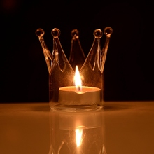 Beautiful Design Modern style Transparent Crown Shape Glass Candle Holder Wedding Home With One Candle(China (Mainland))