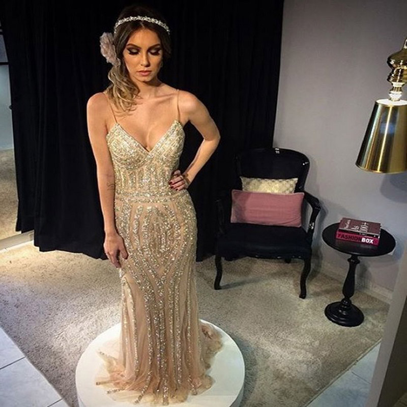 Шампанское Тюль Роскошные Длинные Платья Пром Бисероплетение Блестками V-образным Вырезом 2016 Элегантный Длинные Вечерние Платья халат де вечер вечерние платья