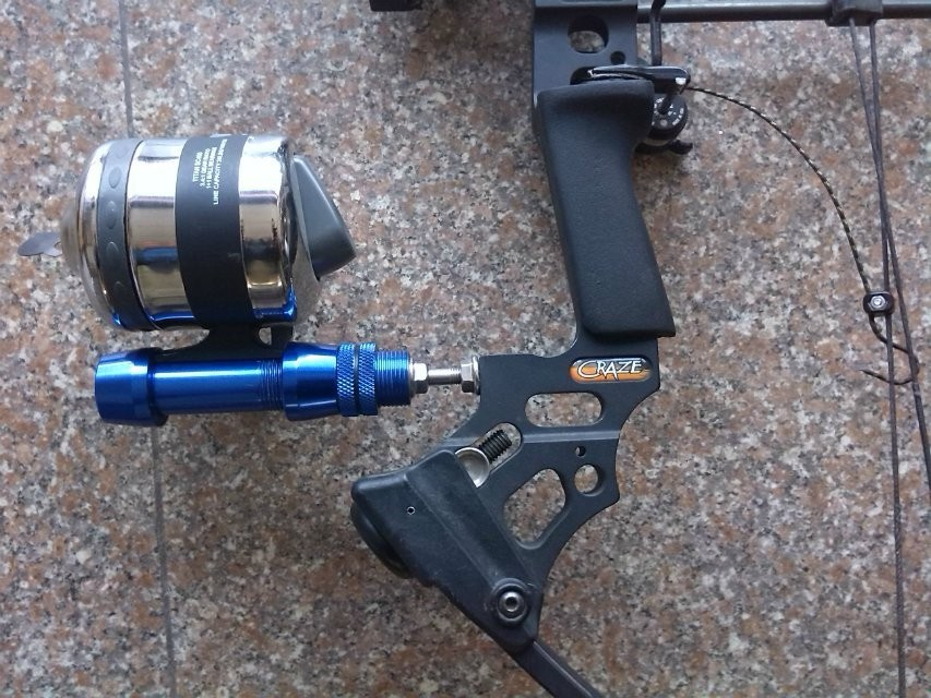 Bow fishing reel kit for compound bow kyle keeton 39 s guy for Bow fishing reel
