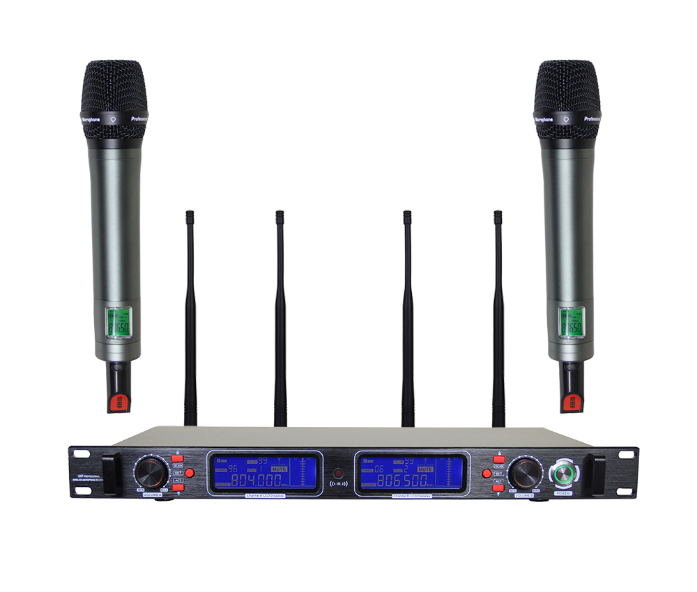 Perfect Sound!!! 200 Channel !!! 4 Antenna!!! True diversity UHF Handheld Wireless Microphone System for Stage Singer(China (Mainland))