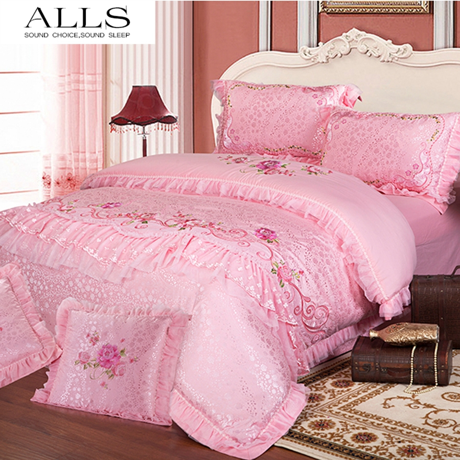 silk cotton 4pcs/6pcs home textile wedding bedsheet bedding set western lace duvet cover bedspread on the bed queen/king size(China (Mainland))