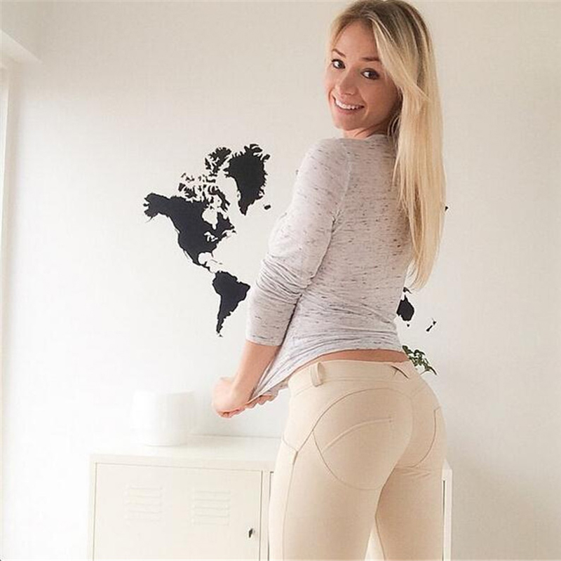 Sexy big tits tight shirt