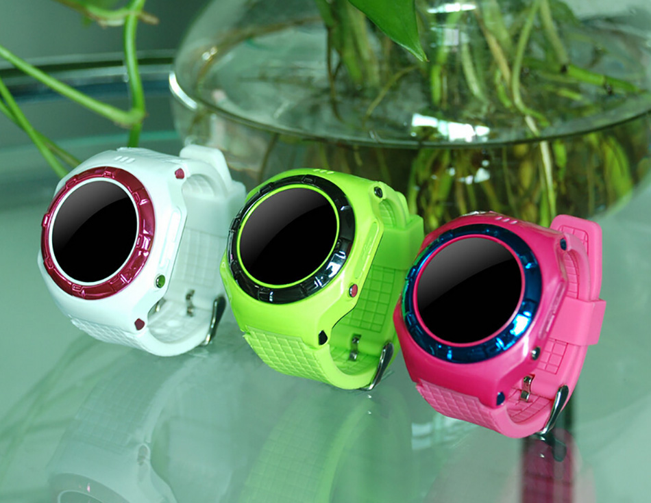 New 2015 Fashion GPS LBS WIFI child smart watch for iphone/android Control tracking SOS calling setting child kid wrist watch(China (Mainland))