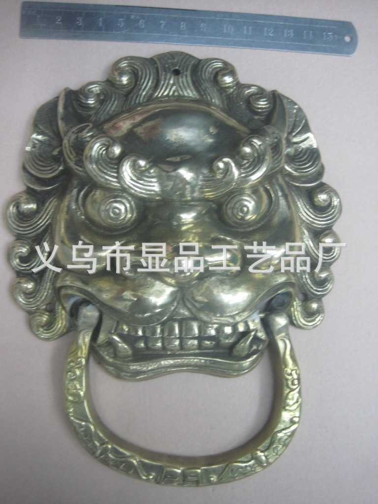 Factory direct copper lion head door handle handle Temple