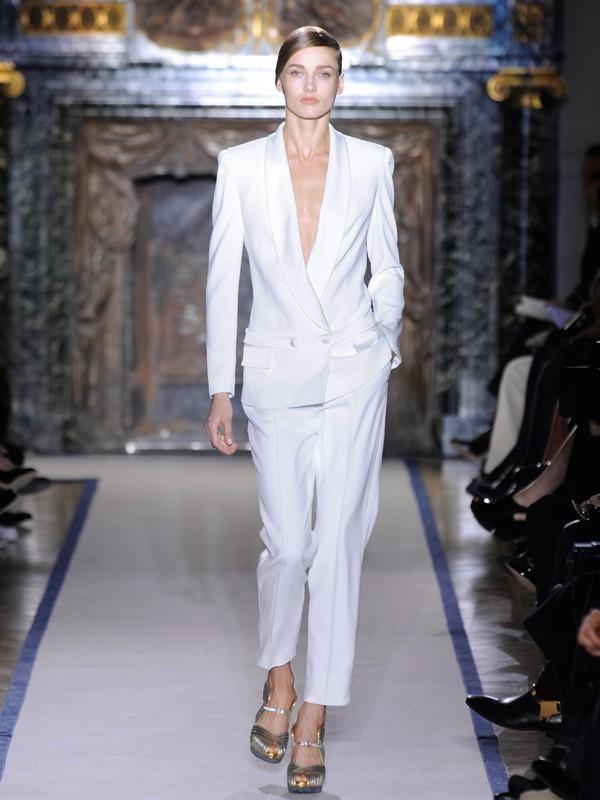 Amazing Women Suit Celebrity  Szukaj W Google  Myself  Pinterest  White Pants And