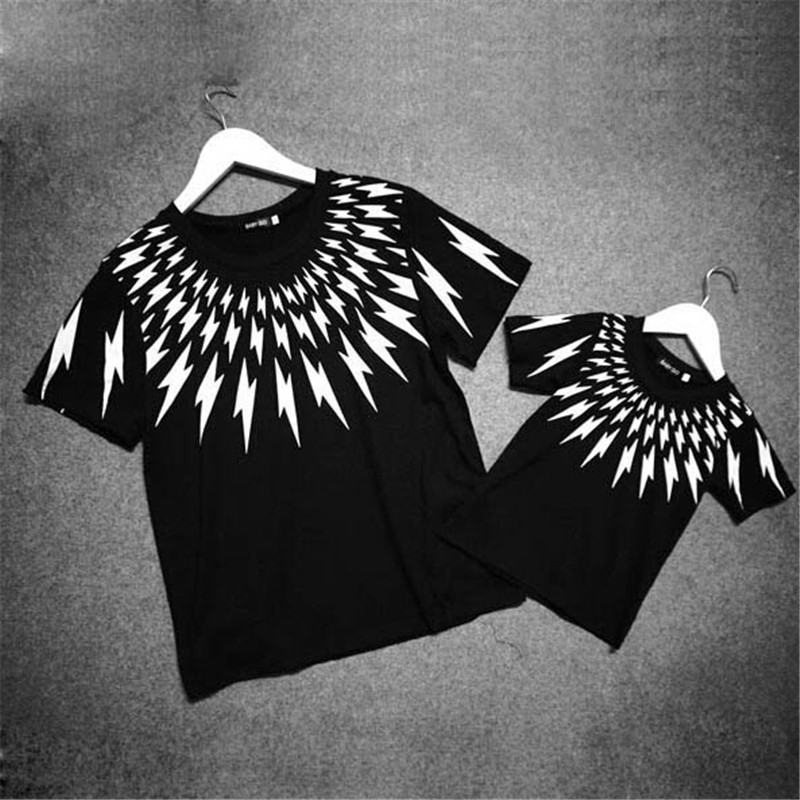 New 2015 Hot Summer Style Family Clothing Matching Family Shirts Mother Daughter Father Son Lightning Pattern T Shirts(China (Mainland))