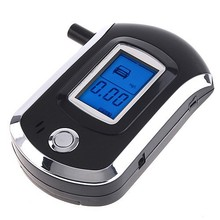 Lowest price Prefessional Mini Police Digital LCD Breath Alcohol Tester the Breathalyzer battery Dropship Parking Car Detector G(China (Mainland))