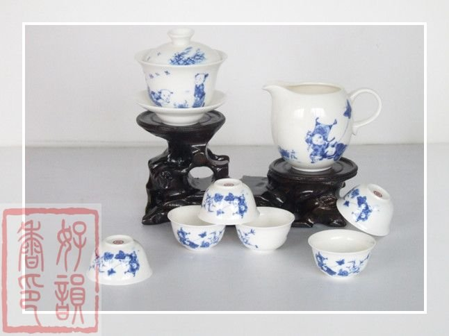 8pcs porcelain tea cup set,Free Shipping,Beautiful delicate Blue and white porcelain,Teapot supplier+FREE SHIPPING(China (Mainland))