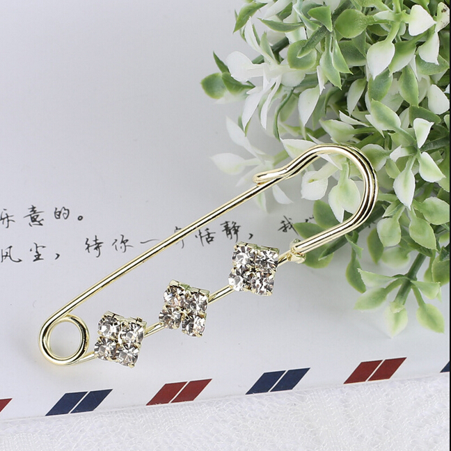 427 Trendy Upscale Crystal Bouquet Big Brooches Pin & Brooches Accessories For Women Scarves Corsage, Shawls And Sweater X271(China (Mainland))