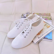 new 2015 fashion high quality vintage women flat shoes women flats and women's spring summer autumn shoes(China (Mainland))