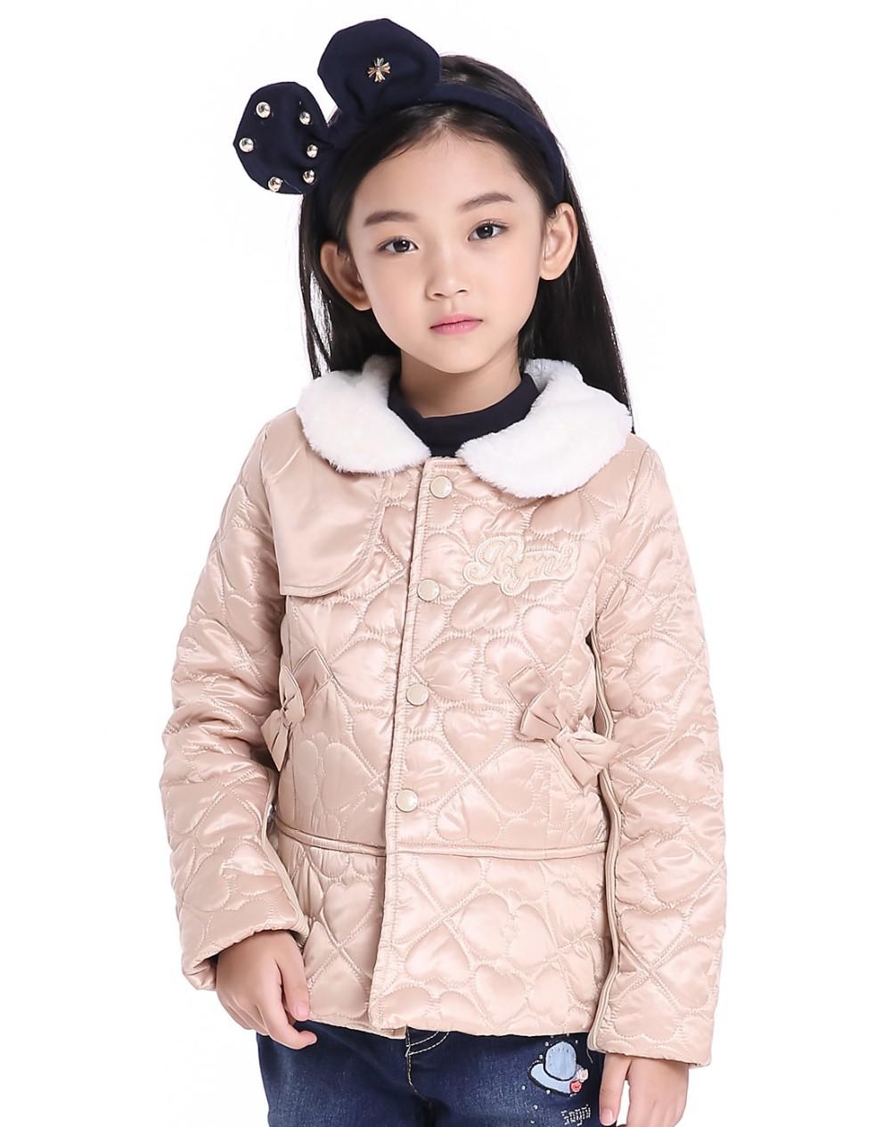 Скидки на Девушки Зимняя куртка детская одежда 2016 ребенок хлопка-ватник пальто Лук Полосатый печати дети Девушки теплые ватные куртка