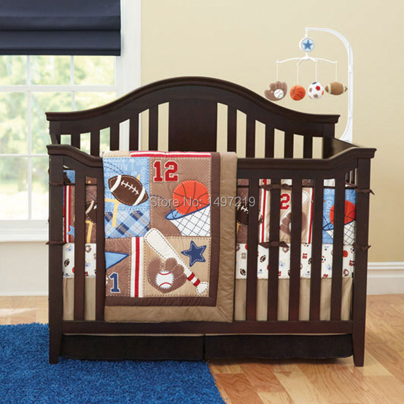 Здесь можно купить  4pcs baseball design baby cot set quilts bumper and valance for newborns  PH005  Детские товары