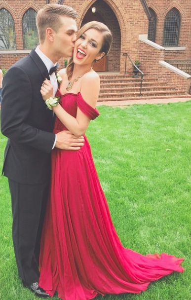 Cheap Online Store Spaghetti Straps Red Chiffon Long Prom Dresses With Beaded For Teens Graduation Gowns(China (Mainland))