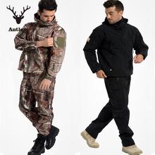 Тактическая передач акула софтшелл кожи куртка и военные брюки мужчины водостотьким армия камуфляж балахон охота туризм одежда