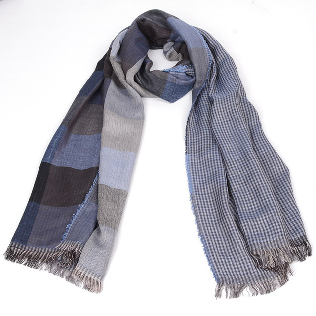 Fashionable Scarf for Men