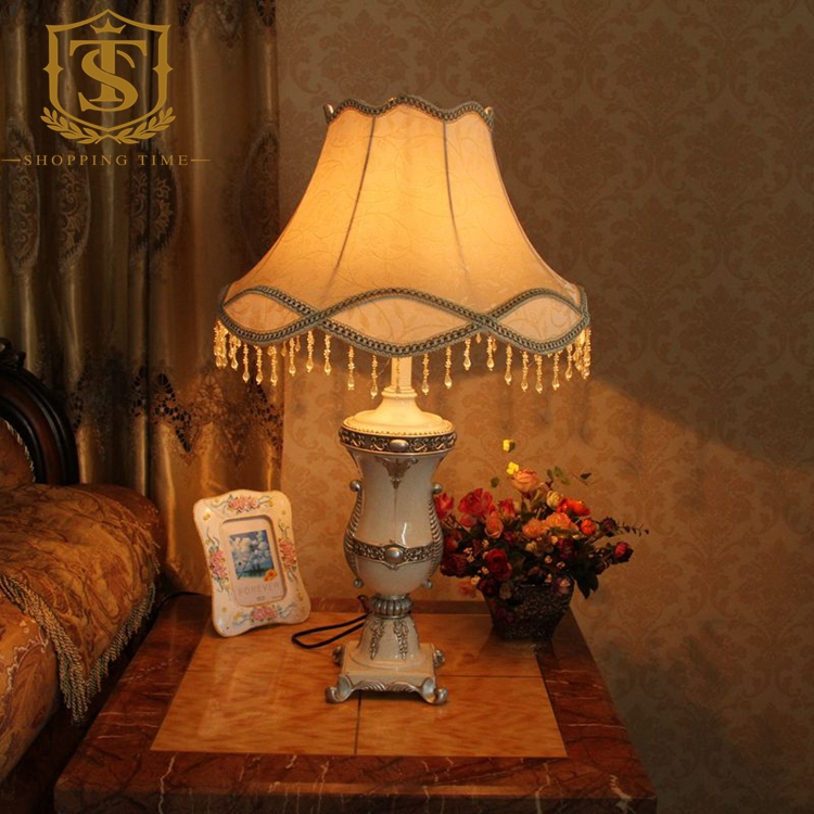 European Led Iron Table Lamp Fabric Shade E27 Resin Desk Lighting Bedroom Reading Lights T8071(China (Mainland))