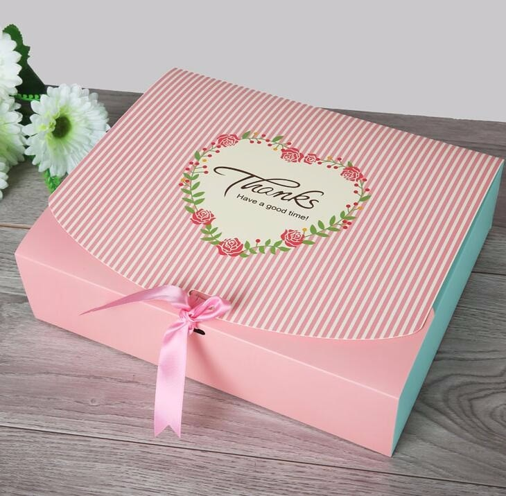 25*20*5cm Wholesale storage clothing box party paper t shirt packaging box clothing/ garment/ shoes packaging box Qin.12.02(China (Mainland))