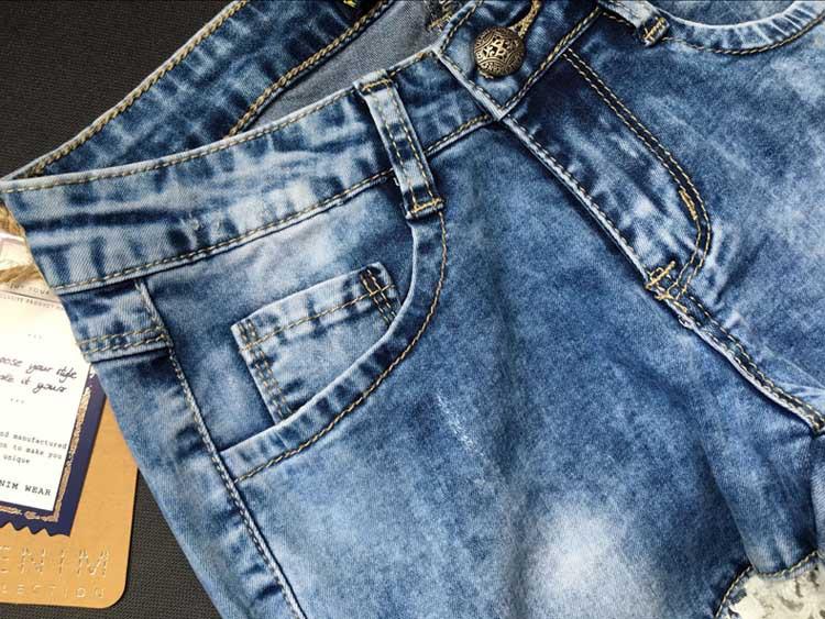 Скидки на Европа Мода Выдалбливают Кружева Сращивание с Низкой Талией Эластичные Джинсы Тощий Карандаш Брюки Женщин Плюс Случайные Леггинсы Jeggings