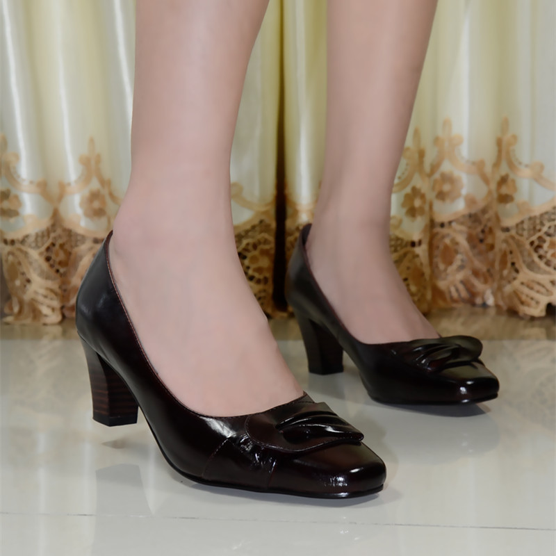 Фотография Pumps,women pumps,shoes,women shoes, genuine leather med heel dress shoes for women office ladies shoes 2016 new style 118-01