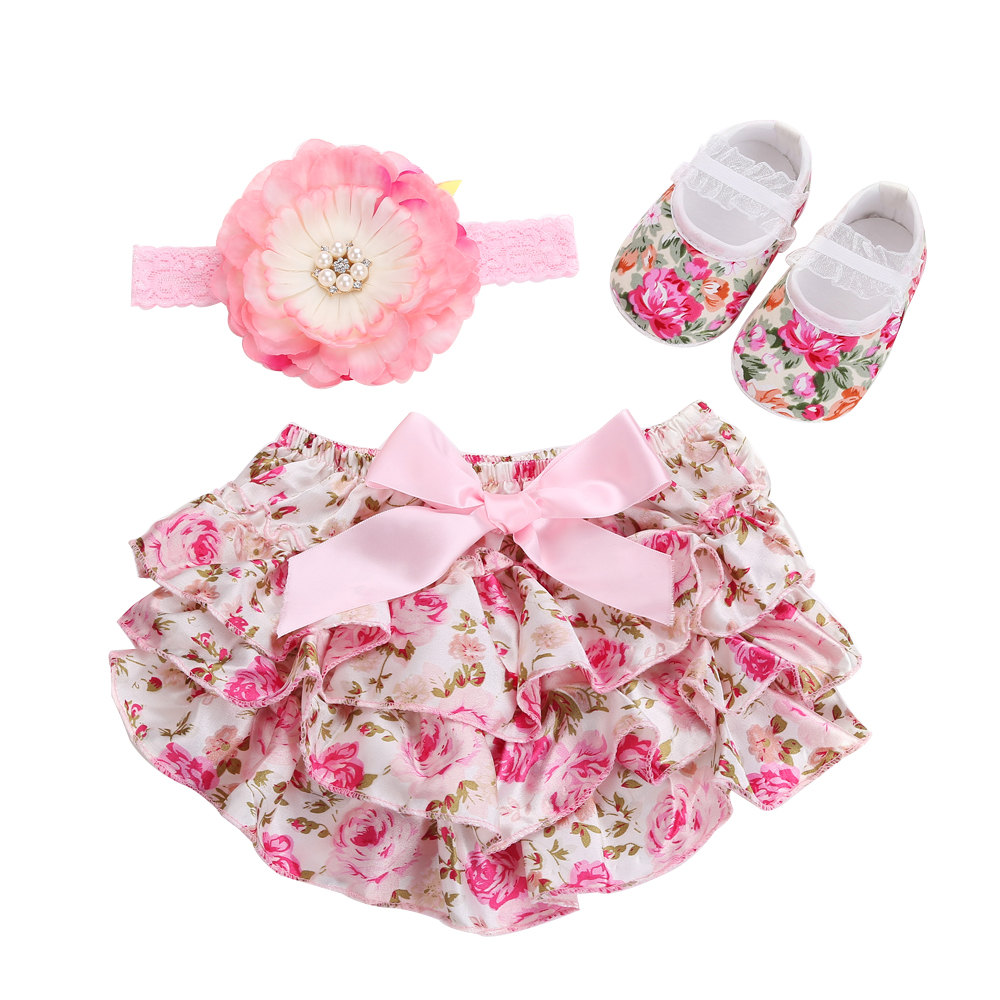 Floral 3pcs Set Baby Shorts Ruffle Diaper Cover;Tutu Ruffled Lace Baby Bloomers And Headband Flower Baby Girl Shoes Baby Wear(China (Mainland))