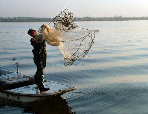 Radius 5 0 foot hand throw cast net throw fishing net for Throw nets for fishing