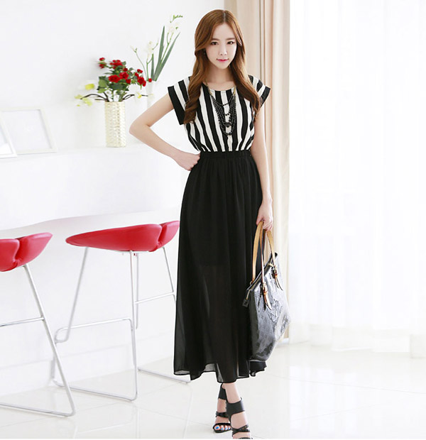 Black White Chiffon Stripe Sleeveless Maxi