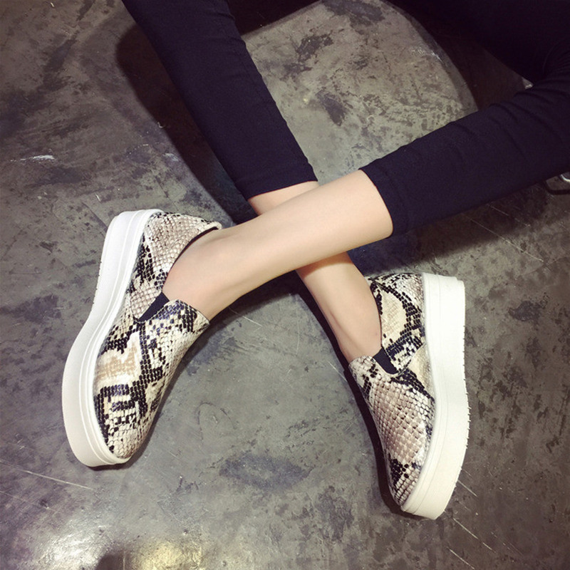 NEW 2015 Brand Sneakers Women Snakeskin Loafers Flats Shoes Woman Casual Slip on Platform Shoes Ladies Creepers Size 34-40(China (Mainland))