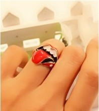 Wholesale/Retail Korean  jewelry  Version of the influx of people retro Rolling Stones Flaming big tongue ring Free shipping(China (Mainland))