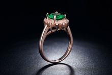 18K Rose Gold Plated Emerald Finger Rings Elegant wedding Jewelry zirconia engagement vintage Rings For Women