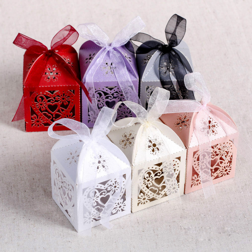 Wedding Favor Boxes For Chocolates : 50pcs/lot Love Heart Laser Cut Candy Gift Boxes Wedding Party Favor ...