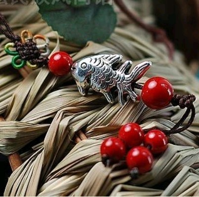 Hot Selling Phone Accessories Tibetan Silver Small Fish Red Coral Beads Mobile Phone/Key Chain Hanging Straps Free Shipping(China (Mainland))