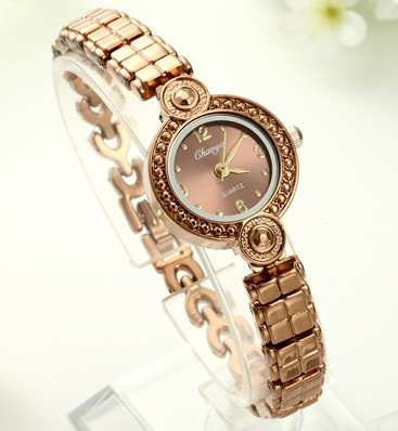 2015 Unique The Queen Of Egypt Vintage Watch Brown Dial Promotion Women Girl Wristwatch(China (Mainland))