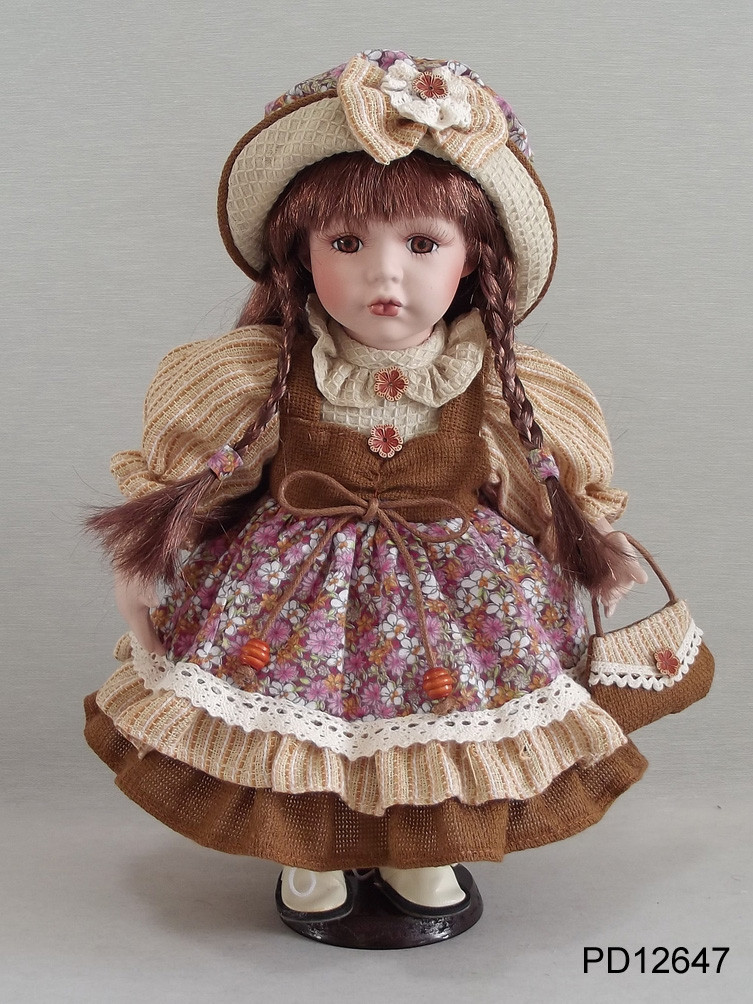 FREE SHIPPING 12 INCH/ 30CM PORCELAIN DOLL WITH MANUFACTURER PRICE AND COUNTRY STYLE FOR DIRECTION home decoration whole sale(China (Mainland))