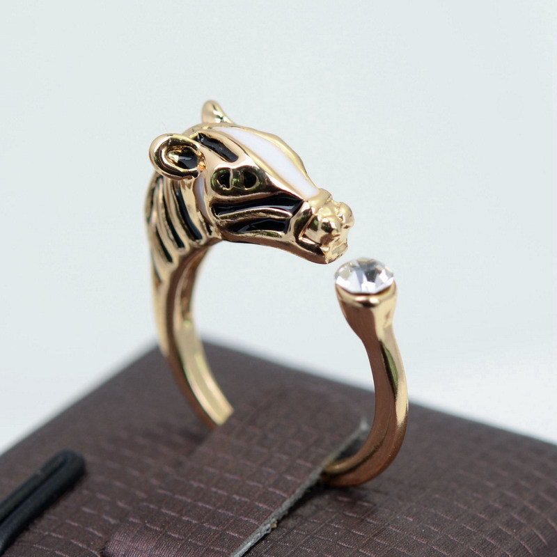 Big Brand Fashion Horse Head Crystal Cuff Ring Gold Plated Ajustable Resizeable Finger Animal Ring Vintage Jewelry for Women(China (Mainland))