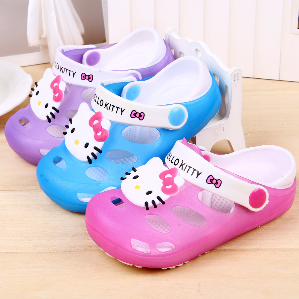 J.G Chen 2015 Summer Hello Kitty Fashion Hollow Out Children Shoes Hole Sandals Girls Slippers Kids Beach Shoes Size 24-35(China (Mainland))