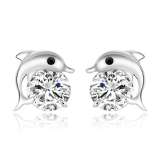 DALI Free Shipping 925 Silver Earring with AAA Austrian CZ Crystal Dolphin Earrings for Women Jewelry PE09(China (Mainland))