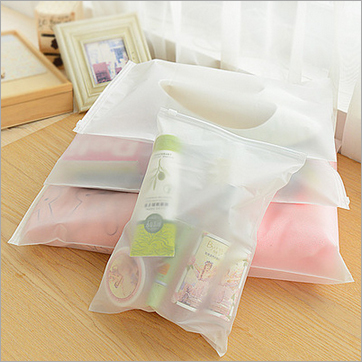 10Pcs Different Size Storage Bags Household Travel Underwear Lightweight Organizer Container Waterproof Translucent Bag 5 Sizes(China (Mainland))