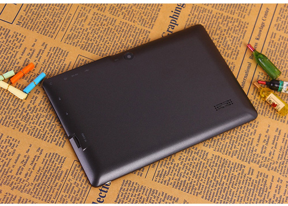 CIGE Free Ship 7 inch Q88 Tablet pc Dual camera Android 4.4 A33 7 Inch Tablet PC Quad Core CPU wifi/bluetooth tablets 512GB/8GB