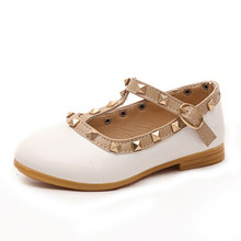 2016 Hot Children Shoes For Girls,Rivets Princess Girl Sandals Kids Leather Shoes Toddler Girl Sandals Girls Shoes(China (Mainland))