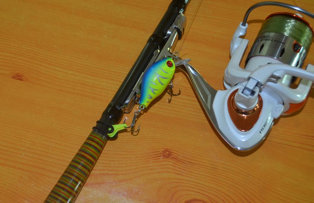Best Buy Multiple Color Plastic Fishing Rod Pole HooK Keeper Lure Spoon Bait Treble Holder Small
