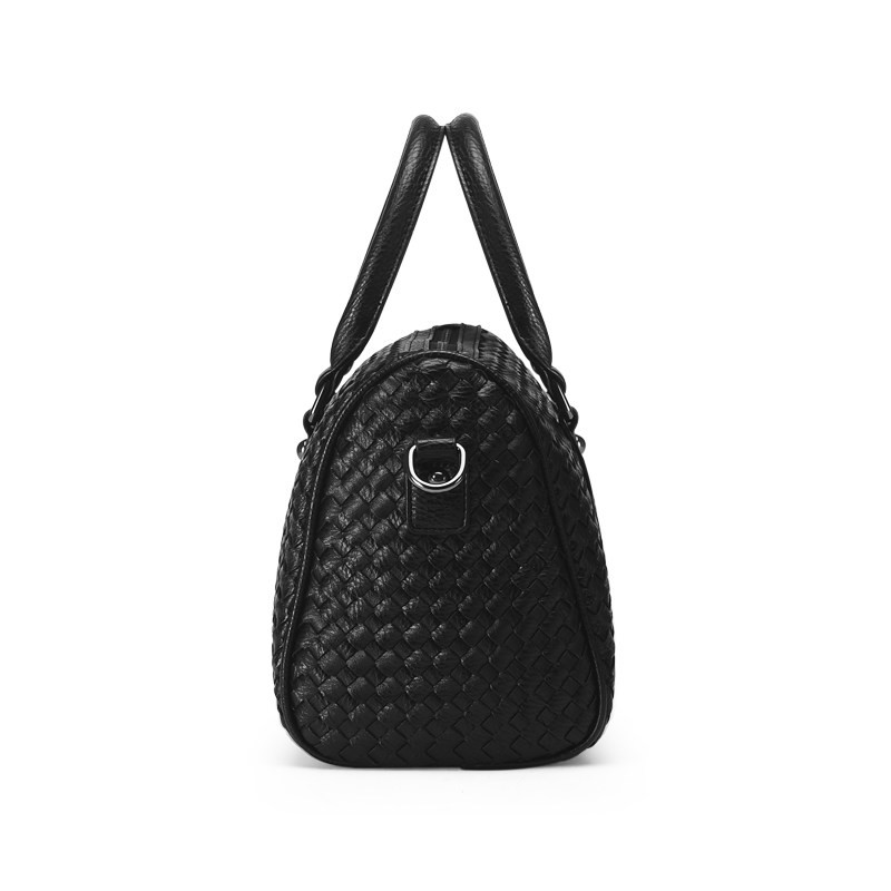 Ladies Stylish Knitting Elegant Crossbody Bag Classy Woven Pattern Stylish Women Handbag Top Quality Sheepskin Shoulder Bag