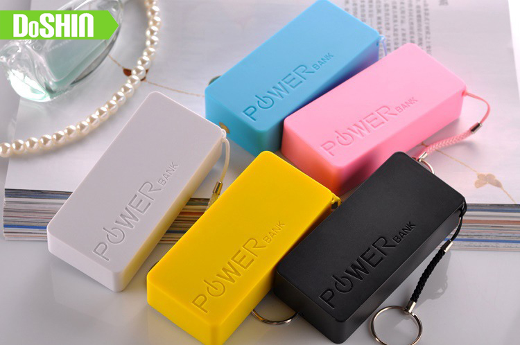 2016 New Power Bank 10000mAh Portable Battery Charger Powerbank For SAMSUNG IPHONE 5 6 With Cable