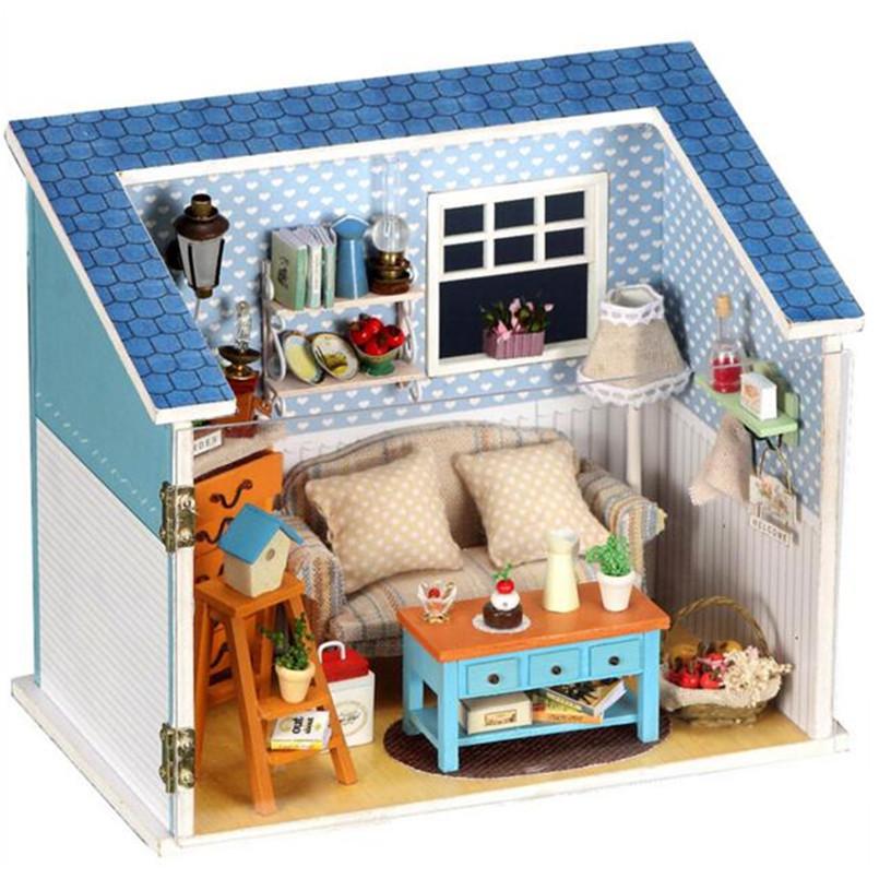 Домики для кукол, мебель своими руками. Коляски