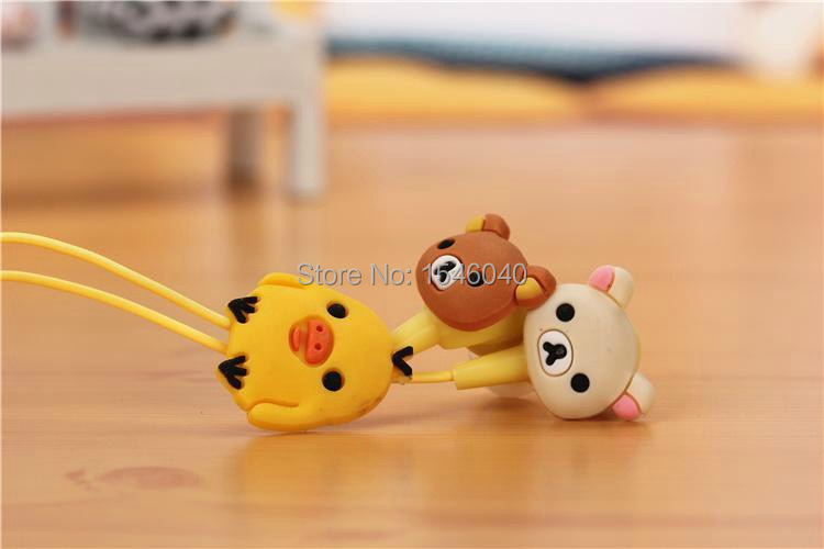 Newest cartoon bear In-Ear Wired Stereo Headphone headset Remote Earphone For IPHONE 4 5 6 Samsung Galaxy S2 S3 S4 S5 Note 3 MP3(China (Mainland))