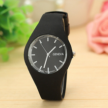 Geneva Watches Women Sports Candy-colored 12 Colors Jelly Silicone Strap Leisure Watch Free Shipping(China (Mainland))